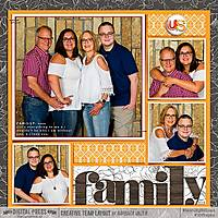 2018_0804-Family-Portraits-WEB-TDP.jpg